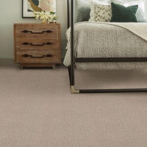 wall to wall carpet in bedroom