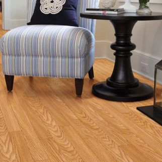 reddish brown laminate flooring